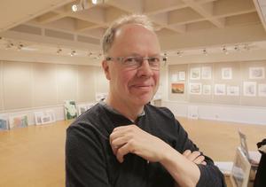 Konstnären Stefan Jansson är också känd som undersköterskan Stefan.