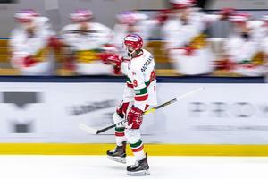 Hattrick mot Djurgården, två mål mot Linköping – och totalt nio fullträffar på de sex senaste matcherna. ALLT tycks gå Andrew Rowes väg just nu. Foto: Peter Holgersson/Bildbyrån