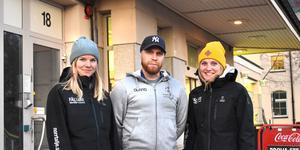 Norrtälje kommuns fältsamordnare Maria Nyström, David Isaksson och Carolina Schwieler spenderar en betydande del av sin arbetstid på och omkring busstorget i Norrtälje.