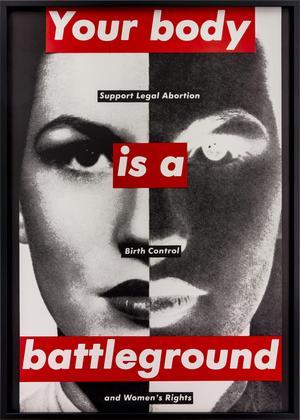 Barbara Kruger gjorde affischkonst om rätten till abort – en fråga som har blivit aktuell igen. Foto:  Henrik Montgomery / TT