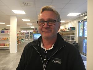 Tommy Roos, 52, drifttekniker, Blidö: – Det är jättebra. Det här behövs när man behöver tanka och fylla på med gott kaffe.