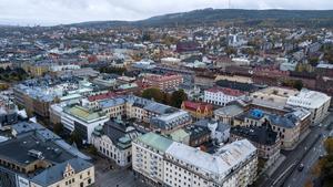 Vi håller med om behovet av fler centrala bostäder. Men vi behöver också många arbetsplatser i centrala staden, skriver Anders Bolin, stadsarkitekt.