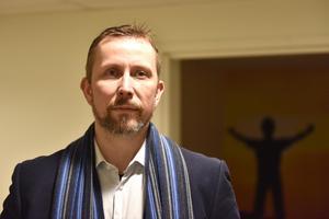 Anders Jansson, produktutvecklingschef, berättar att man ska rekrytera fem personer i Mora för ändamålet.