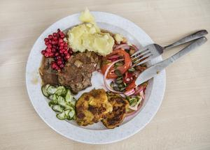 I Estland och i Ryssland får skolbarn gratis frukost.