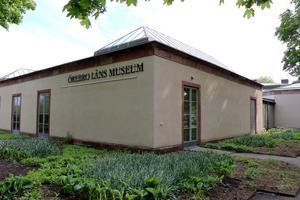 Örebro läns museum på Engelbrektsgatan var färdigbyggt 1963. Byggnaden är k-märkt, vilket innebär att dess utseende inte får förändras.