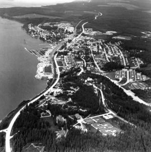 Vi avslutar denna tillbakablick på Bräcke med denna bild från ovan. Året var 1979.
