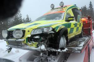En ambulans var inblandad i en kollision på riksväg 50 mellan Borlänge och Ludvika på tisdagsmorgonen.