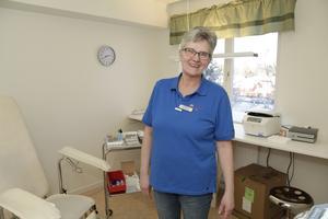 Doris Eliasson på hälsocentralen i Lillhärdal får mycket positiv kritik från patienter efter öppnandet.