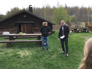 Tal till klass 5-6 i Viksjöfors skola. Foto: Helena Ehrstrand