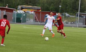 Kristian Horobei höll Cosmosförsvararna i arbete under hela matchen.