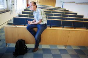 Bertil Axelsson undervisar läkarstudenter i Umeå i palliativ medicin, alltså hur man arbetar med människor som är svårt sjuka.