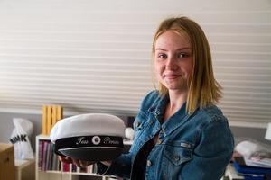 På grund av sin svåra sjukdom tvivlade Tess Persson på att hon skulle kunna ta studenten tillsammans med sina klasskamrater.
