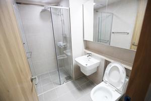 Här är badrummen i OS-byns lägenheter. Foto: Pocog (Bildbyrån).