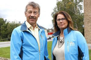 Ett vallöfte från Moderaterna är att Karlskoga BB aldrig ska vara sommarstängt mer. Ola Karlsson och Christina Johansson för Moderaterna framhåller att alla kvinnor oavsett var de bor har rätt till trygga förlossningar.