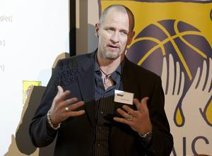 Torbjörn Gehrke har tagit SM-guld med Södertälje och jobbar nu i division 1-klubben Alvik.   Arkivbild: TT