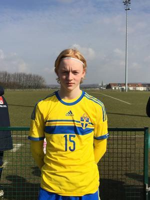 Thure Ridderström spelade på det inre mittfältet för Sverige i landskampen mot Danmark.