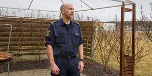 """Stölderna har skett under en längre period och det tyder enligt polisen på att tjuvarna har koppling till Arboga eller så ligger den staden nära där de kan sälja de stulna föremålen. """"Spana åt varandra och skriv upp registreringsnummer på bilar som inte verkar höra hemma i området""""."""