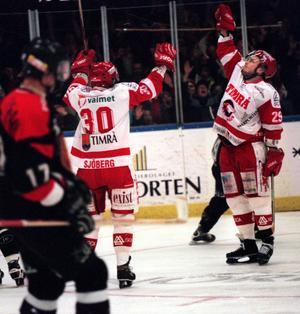 Markus Matthiasson efter sitt mål som betydde 1-0.