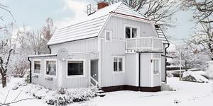 Foto: Johan Blomquist/ Bostadsfotograferna. Huset på Torgvägen 11 i Odensbacken lockade till 8 395 virtuella promenader.