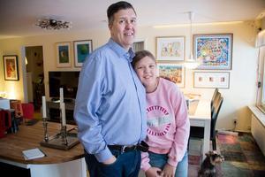 Stefan och Edith Gavell har bott i elva år i kollektivhuset. De stortrivs.