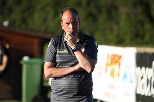 Adrian Costello kunde räkna in tre nya poäng för Ytterhogdal under lördagen.