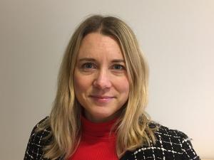 Karin Thornberg, mångårig journalist vid VLT, på senare år agendachef vid Sveriges Radio P4 Västmanland, nu tillträdande redaktionschef för SVT Nyheter Västmanland. Foto: SVT