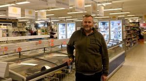 Ägaren Torbjörn Lagergren berättar att städpersonalen upptäckte inbrottet på morgonen.