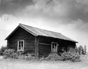 Vapensmedjan i Bingsta före flytten till Bergs hembygdsgård.  Inget årtal finns angivet.