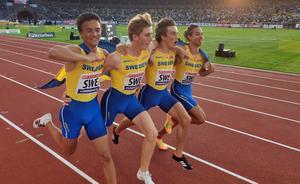 De svenska stafettpojkarna springer ärevarv. Foto: Privat