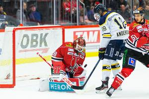 Joakim Andersson höll sig framme i slutminuterna. Bild: Andreas Sandström/Bildbyrån