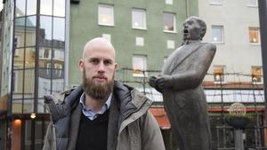 Carl-Oskar Bohlin (M) är besviken över Centerns och Liberalernas stöd till S-regeringen.