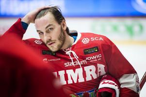Johan Persson missade hela hösten på grund av en avsliten hälsena. Nu blir han borta igen på grund av skada.