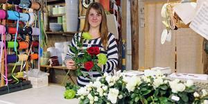 Eira Hedlund berättar att hon  tycker om att jobba med händerna och blev intresserad av floristyrket när hon gick i högstadiet.