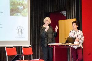 Eva Kempff och Irene Oskarsson från styrelsen för Sveriges hembygdsförbund presenterade det nya landskapsprogrammet.