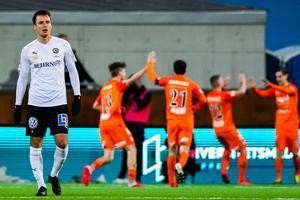 Viktor Prodell deppar efter AFC Eskilstunas kvittering i den tredje omgången av allsvenskan.