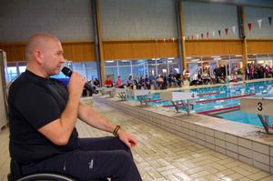 Handikappsimmaren Anders Olsson berättade om sitt liv som elitsimmare och idrottsman.