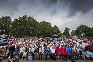 Många kom på Önskekonserten 2019, trots vädret.