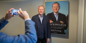 Hemliga möten, privatflyg och maktspel. Leif Östlings bok ger en inblick i näringslivstopparnas vardag.