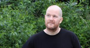 Med blick för skräck och folktro. Mikael Strömberg har använt vättar och andra väsen i sina skräckromaner.