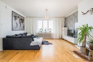 Denna bostadsrättslägenhet i Ludvika var den mest klickade bostaden på Hemnet, sett till bostäder i Dalarna, under förra veckan. Foto: Carina Heed