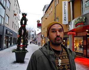 Klemens Mattsson är Borlängerapparen Soulsaga.