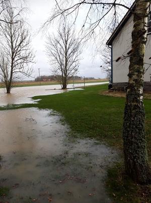 Översvämning i Tråvad.