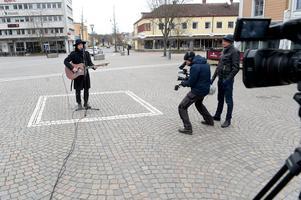 Sveriges television var på plats när Kristian Anttila inledde femårsjubileet i Rutan-