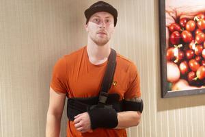 Händelsen inträffade på ett gym i Gävle, där Sandvikenfödda Philip Markström tränar, även om han nu bor nu i Skutskär.