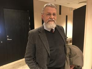 Advokaten Håkan Andersson är besviken över att hans klient, polismannen som är misstänkt för att ha våldtagit en kvinna i de södra länsdelarna den nionde december, hålls fortsatt häktad. Arkivbild