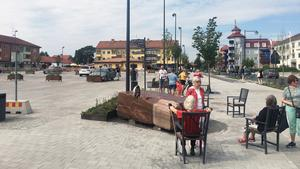 Under söndagen återinvigdes Torget i Leksand. Efter ett drygt halvår av omfattande byggnadsarbeten är det nu öppet för allmänheten.