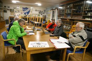Under flera möten har arrangörsgruppen spånat fram olika sätt att uppmärksamma klubbens jubileumsår.