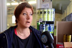 Larissa Karlsson, verksamhetsledare för Borlänge Tennisklubb, säger att många medlemmar känner oro.
