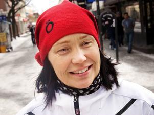 Carola Eriksson, Östersund– Självklart, jag hade säkert 20 stycken. Men Alla var inte Barbie-dockor. Jag hade möbler till dem också, som min snälla farbror gjorde åt mig. I dag vet jag inte var de är, min yngre syster fick ärva de.