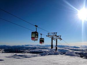 I Åre finns 41 liftar och 89 nedfarter.
